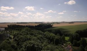 La région d'Altenburg a été habitée originalement par des slaves. – 70% des noms des villes et villages ont une origine slave.