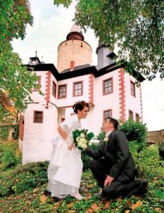 In Posterstein kann man vor historischer Kulisse heiraten - sowohl kirchlich als auch standesamtlich. (Foto: Jens Paulat, Altenburg)