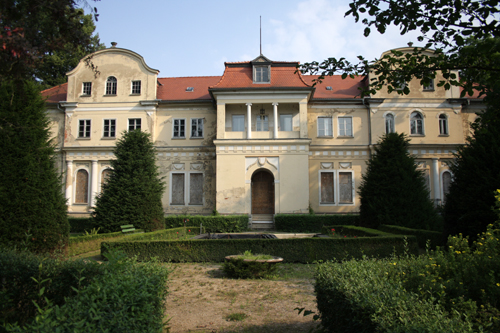 Tannenfeld castle, vacant in summer 2012