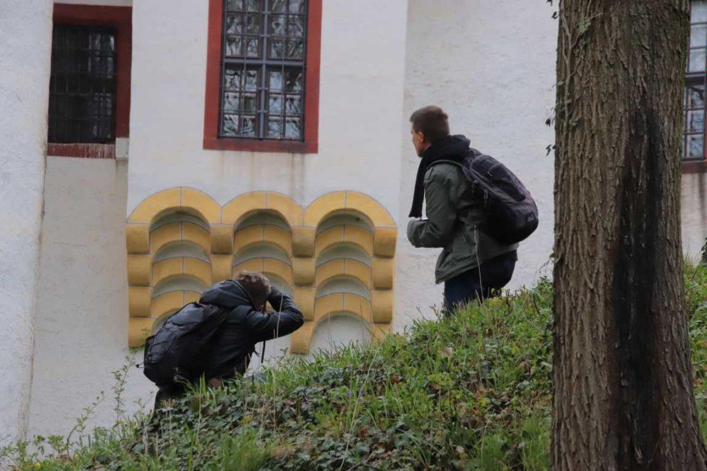 Auf Insta-Walk im Park der Burg Posterstein (Foto: b_und_p_europareisen)