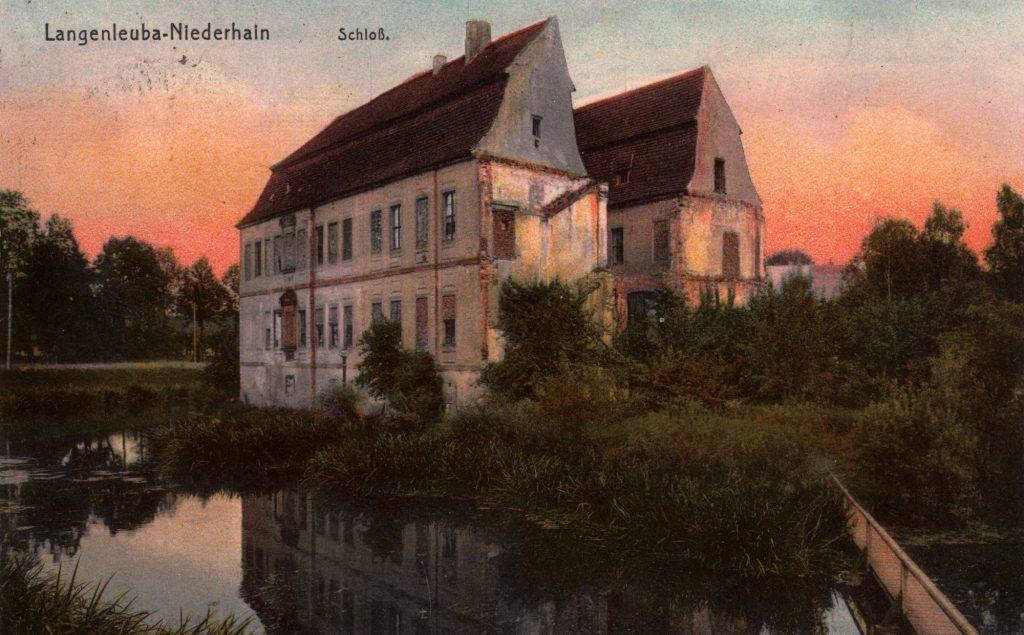 Ansichtskarte mit dem Schloss Langenleuba-Niederhain um 1910 (Sammlung Museum Burg Posterstein)