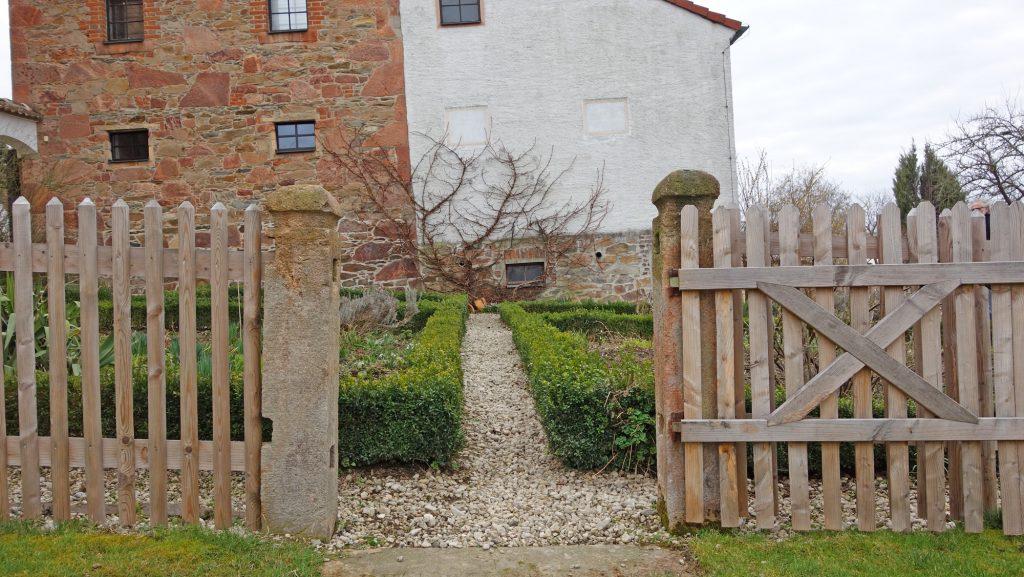 Traditioneller Garten an eineines Altenburger Bauernhofes