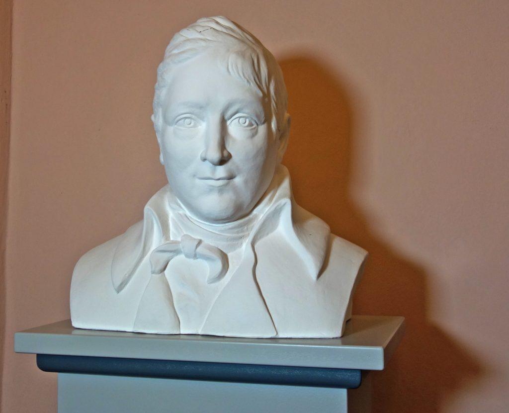 Eine 2018 von der Bildhauerin Susanne Jacob-Lehmann gefertigte völlig neue Porträtbüste zeigt im Museum Burg Posterstein den Gotha-Altenburger Minister Hans Wilhelm von Thümmel.