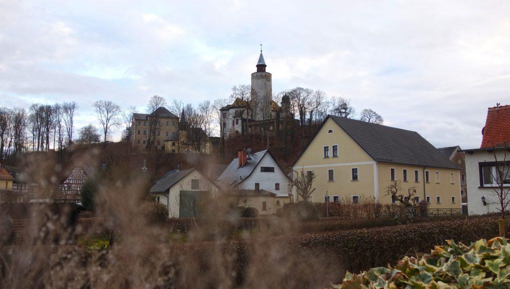 Blick auf Burg Posterstein und die Ruine des Nordflügels im Dezember 2021 (Foto: Museum Burg Posterstein)