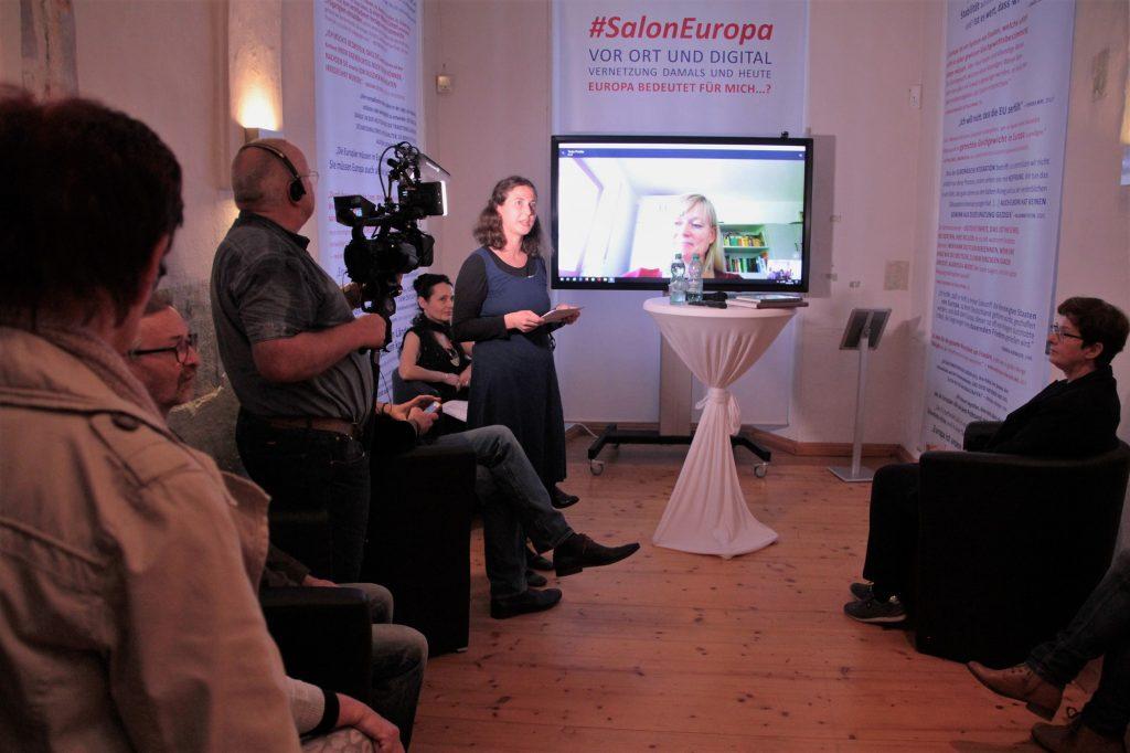 Digital-analoge Eröffnung der Ausstellung #SalonEuropa im Museum Burg Posterstein