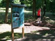 Der Sprotte-Erlebnispfad führt von Nöbdenitz entlang der Sprotte nach Posterstein - unterwegs gibt es viel zu sehen und auszuprobieren.